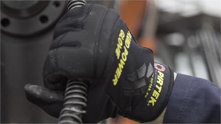 Pirtek Fluid Power Glove